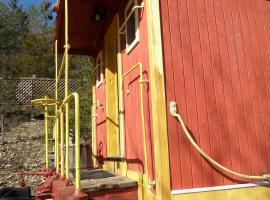 Livingston Junction Cabooses and Cabin, Eureka Springs