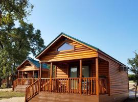 Al's Hideaway Cabin and RV Space, LLC