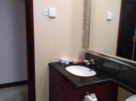 Hengda Venice Three-Bedroom Apartment