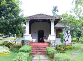 3-BR homestay in Aldona, Goa, by GuestHouser 30031, Aldona