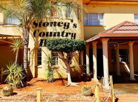 Stoney's Country Hotel, Gochas