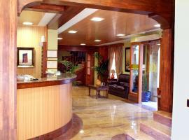 Hotel Menano, Manzanares