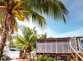 Permit @ Carol's Cabanas, Placencia Village (Monkey River Town yakınında)
