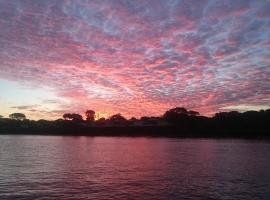 Acclaim Rose Gardens Beachside Holiday Park, Albany (Emu Point yakınında)