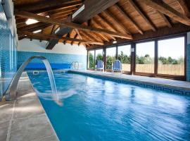 The best available hotels & places to stay near Campas, Spain