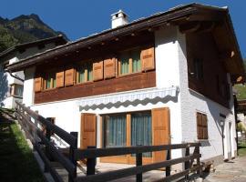 Casa unifamiliare Pongello, Vicosoprano (Promontogno yakınında)