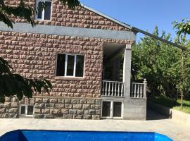 Villa on Bagrevand 41, Erivan (Jrvezh yakınında)