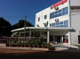 Woodpecker Resort Hotel, Banjul (Regiooni Foni Brefet lähedal)