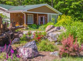Bear & Butterfly Bed and Breakfast, Gravenhurst (Bracebridge yakınında)