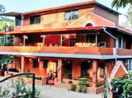 3-BR homestay in Kodagu, by GuestHouser 23542, Cherambane (рядом с городом Padakal)