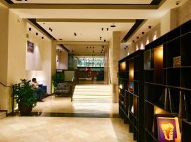 Koresh Hotel