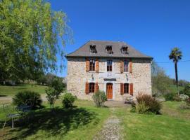 House Maison poumarou, Sainte-Colome