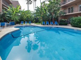 Beachview Condominiums: Wicker Wanderer (#109)