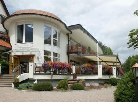Hotel Ochsen, Höfen an der Enz (Schömberg yakınında)