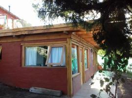Hospedaje Los Enebros, Villa Traful (La Lipela yakınında)
