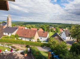 Appartement mit toller Aussicht, Schöneberg (Stromberg yakınında)