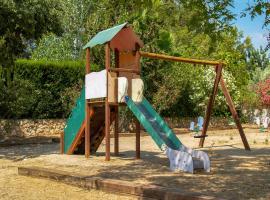 Holiday Home Wiking Land, Альтафулья (рядом с городом La Nou de Gaià)