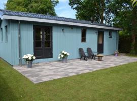 Mooi nieuw houten huisje