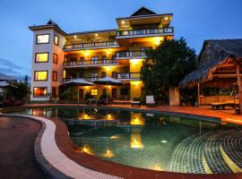 Two Moons Hotel, Kampot