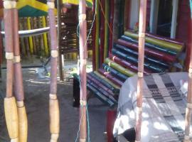 Moonrise Hostel Jamaica, Port Antonio (Sommers Town yakınında)