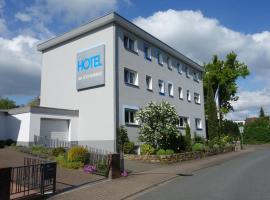 Hotel am Schwimmbad, Hattersheim (Kriftel yakınında)