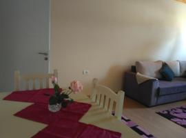 Apartments Nr.8, Tiran (Vaqarr yakınında)