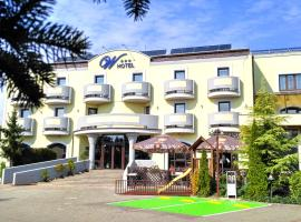 W Hotel, Bratislava (Starý Dvor yakınında)