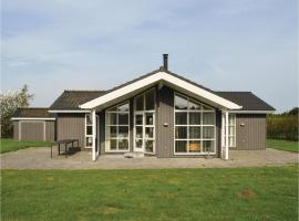 Four-Bedroom Holiday Home in Hadsund, Haslevgårde