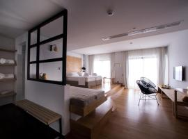 Sunday Boutique Hotel, Nea Stira