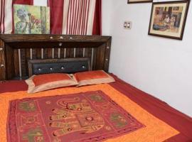 Karina Home stay, Bikaner (рядом с городом Gajner)
