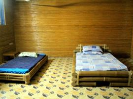 Shamser Gazir Bansher Kella Resort, Chhāgalnāiya (рядом с городом Gorākāpa Kachehri)
