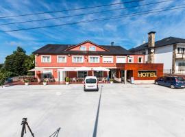 Hotel Santa Cruz, Montaos (рядом с городом Ordes)
