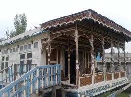 houseboat.balmoralcastle, Durgjan