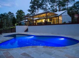 Gold Coast Hinterland Luxury Getaway, Gold Coast (Worongary yakınında)