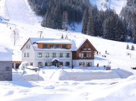 Hotel Passhöhe, Hohentauern
