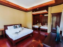 Thip Villa Mekong Riverside, Луангпхабанг