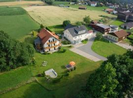 Gästehaus Sporrer, Neualbenreuth (Salajna yakınında)