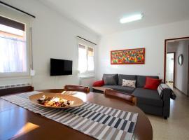 Ca La Lluïsa - Holiday Apartment, Salás de Pallás (Rivert yakınında)