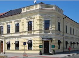 Hotel Tacl, Holešov