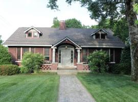 Belmont Blvd Bed and Breakfast