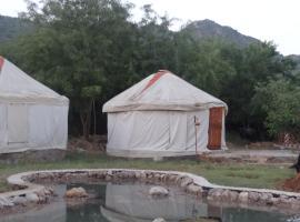 Bikamp Aravallis Camp Resort, Mairh (рядом с городом Bairāt)