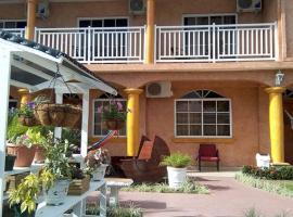Costa Bella Apart Hotel, Tela (рядом с городом Colorado)