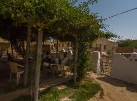 NotOnMap - Badal House, Kūri (рядом с городом Kotri)