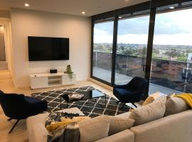 Essendon Sub-Penthouse - StayCentral, Melbourne