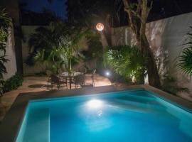 Cozy house downtown Cancun