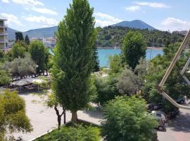 Seaview Studio Flat in Central Halkis