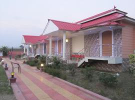 Resort Sun N Services, Lataguri (рядом с городом Jalpāiguri)