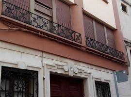 Casa con encanto traquila y espaciosa, Sagunto (Albalat de Taronchers yakınında)