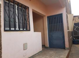 Motel La Cachette, Bafoussam (Near Moungo)