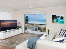 Stylish 3 Bedroom Beachview Apartment